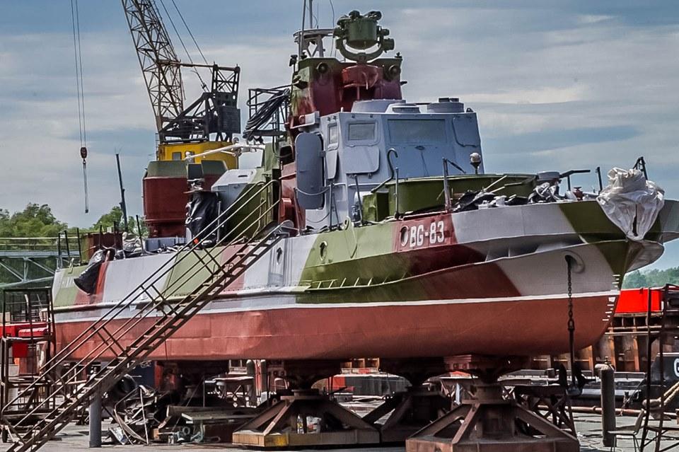 Ранее нарушавший санкции завод Урбанских теперь чинит судно пограничников